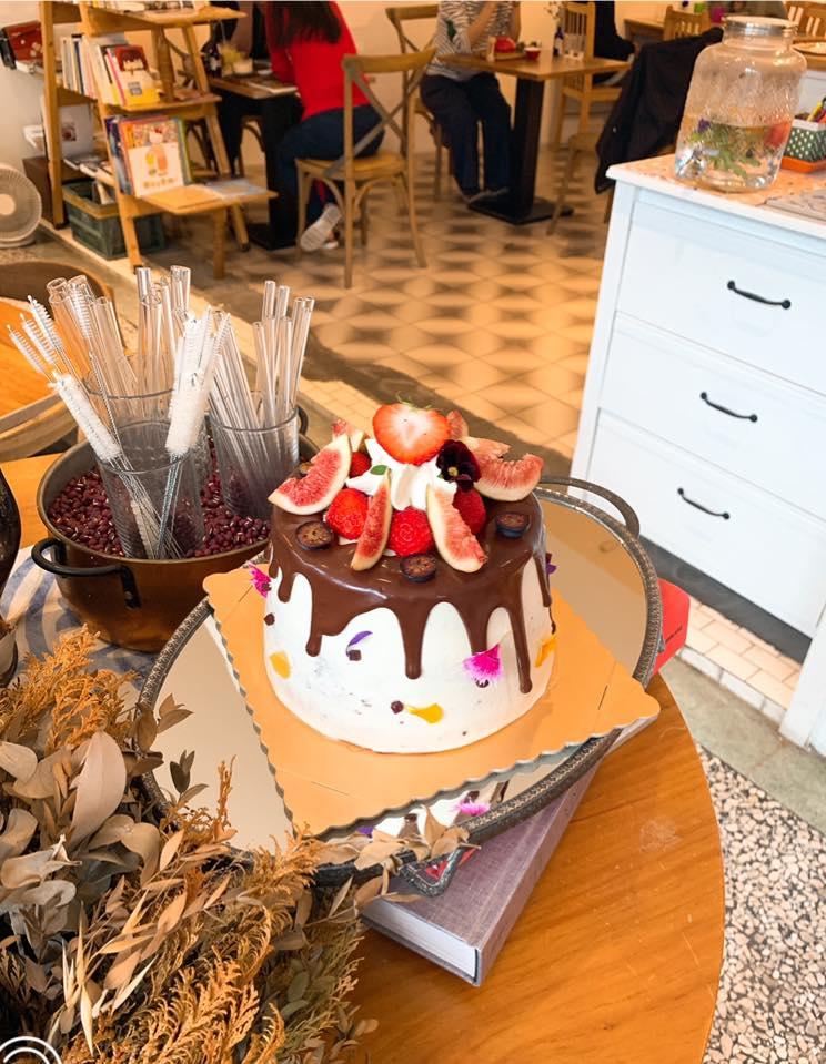 蛋糕 - 5+商行
