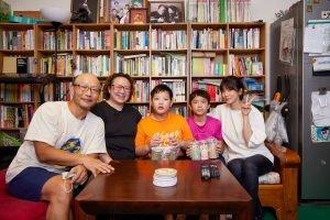 賈靜雯與愛奇兒家庭